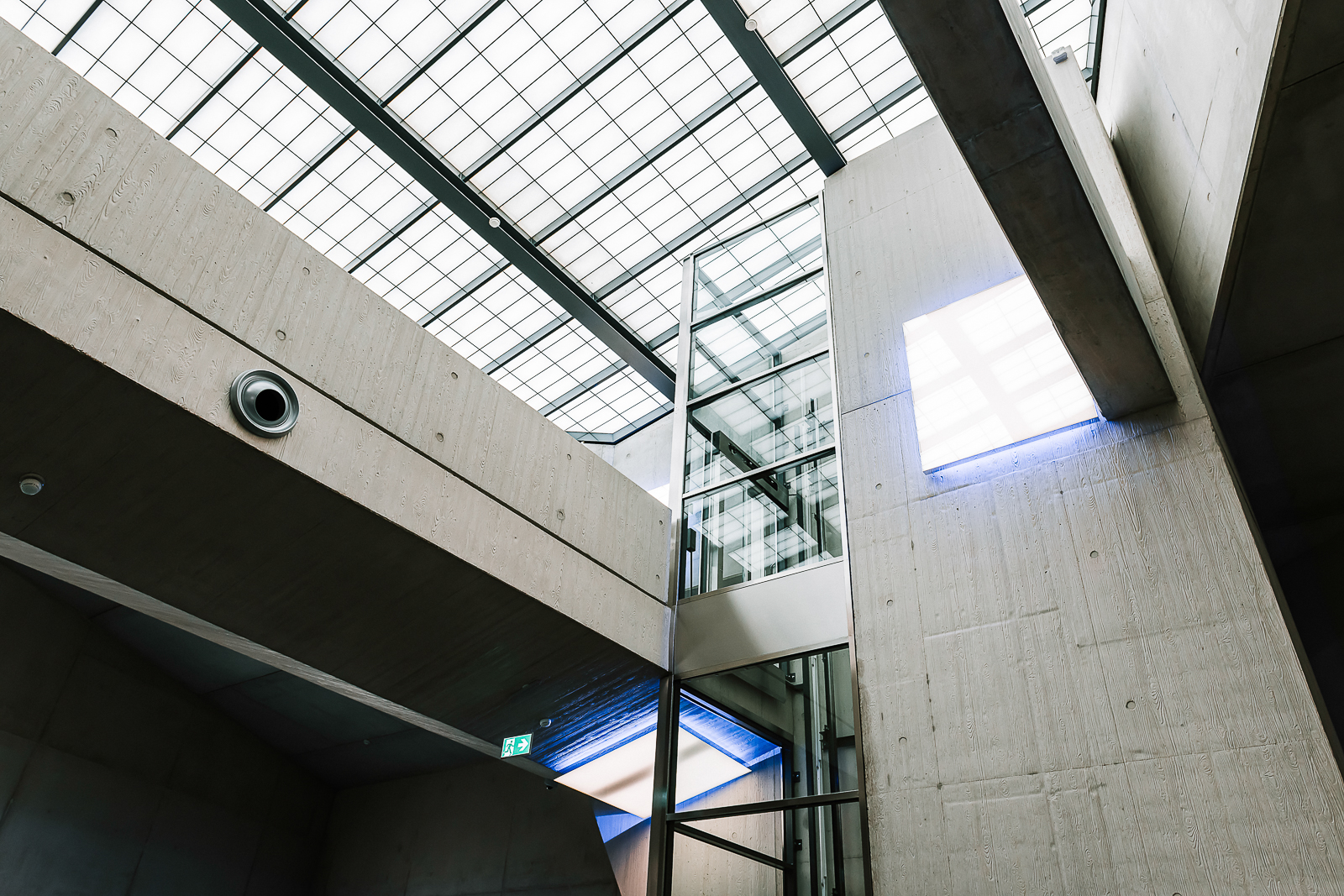 Luxembourg High Security Hub - Stunning building
